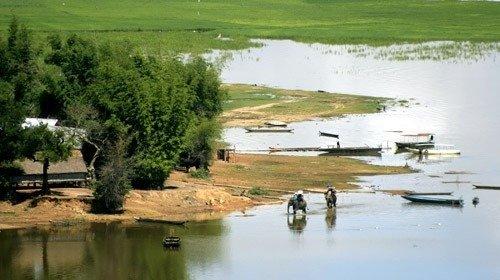 Du lịch hồ Lak - Ảnh: Google